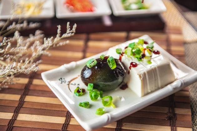 皮蛋豆腐 1